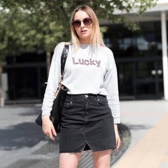 skirt black skirt tumblr mini mini skirt denim denim skirt sweatshirt sunglasses bag black bag