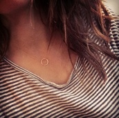 jewels,necklace,girl,circle necklace,round necklace,stripe top,necklace circle