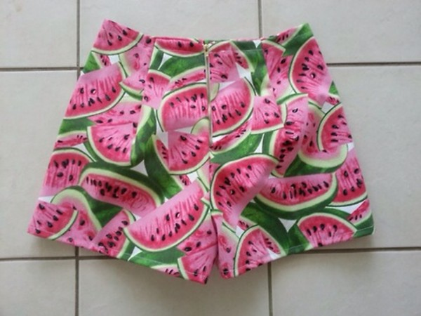 shorts watermelon print clothes tumblr tumblr clothes tumblr shorts blogger cute shorts style summer watermelon shorts pink High waisted shorts perfect summer shorts watermelon print