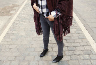 my daily style blogger pointed toe grey jeans flannel shirt fringes