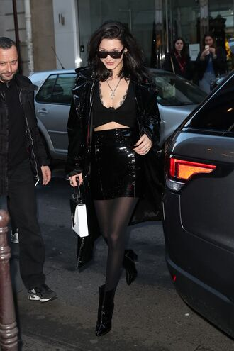 skirt top crop tops bella hadid model off-duty streetstyle paris fashion week 2017 fashion week 2017 all black everything