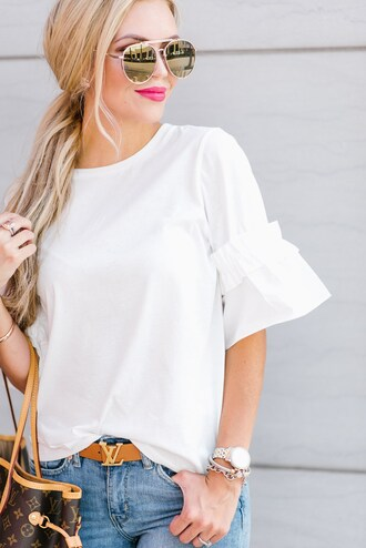 t-shirt ruffle sleeves belt tote bag blogger blogger style louis vuitton belt louis vuitton aviator sunglasses