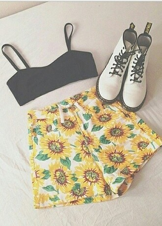 shorts flowers sunflowers summer floralshorts retro chick cute shorts cute style