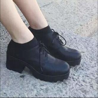 shoes boots black cute black platforms pale tumblr
