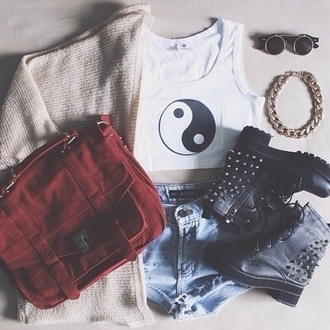 jeans bag jacket shoes jewels tank top indie boho yin yang crop tops bracelets combat boots sweater denim shorts hair accessory black studs boots sunglasses cute top shirt hippie cardigan purse fall outfits 2014 style red red bag burgundy satchel bag punk grunge shorts