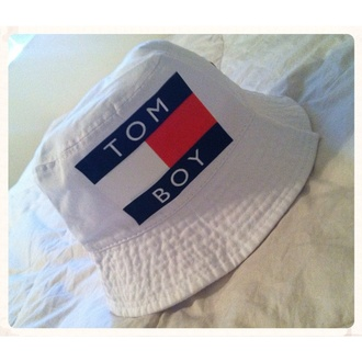 tomboy tommy hilfiger 90s style retro nike running shoes nike sneakers nike sweater stussy kyc vintage bucket hat dope fresh-tops.com hats sunglasses jordans jordans dunkman hipster vintage