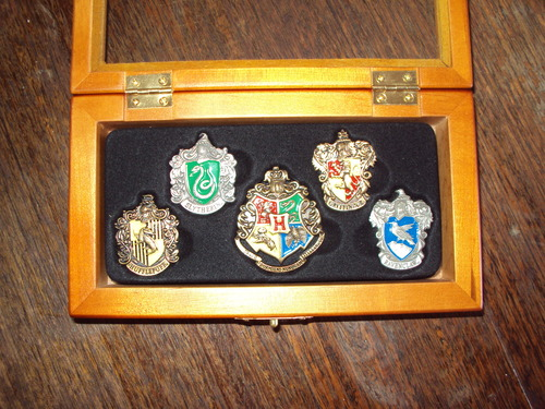 Amazon.com: Harry Potter House Crest Pin Set: Toys & Games