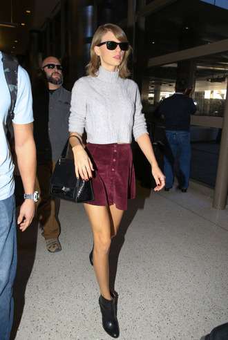 skirt turtleneck sweater taylor swift ankle boots fall outfits shoes burgundy skirt skater skirt suede skirt button up skirt fall skirt celebrity style brandy melville