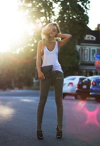 sunglasses tank top underwear bag shoes pants jeans green gold zip shirt leggings