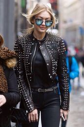 sunglasses,gigi hadid,mirrored sunglasses,streetstyle,spiked leather jacket,embroidered jacket,jacket,embellished jacket,embellished leather jacket,model,model off-duty,sunnies,glasses,accessories,Accessory