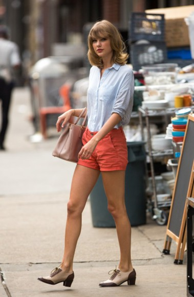 shoes taylor swift shorts bag shirt