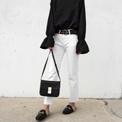 visa lom,1finedai,blogger,blouse,jeans,black blouse,bell sleeves,white jeans,bag,belt,shoulder bag,gucci,gucci shoes,slippers,gucci princetown,shoes
