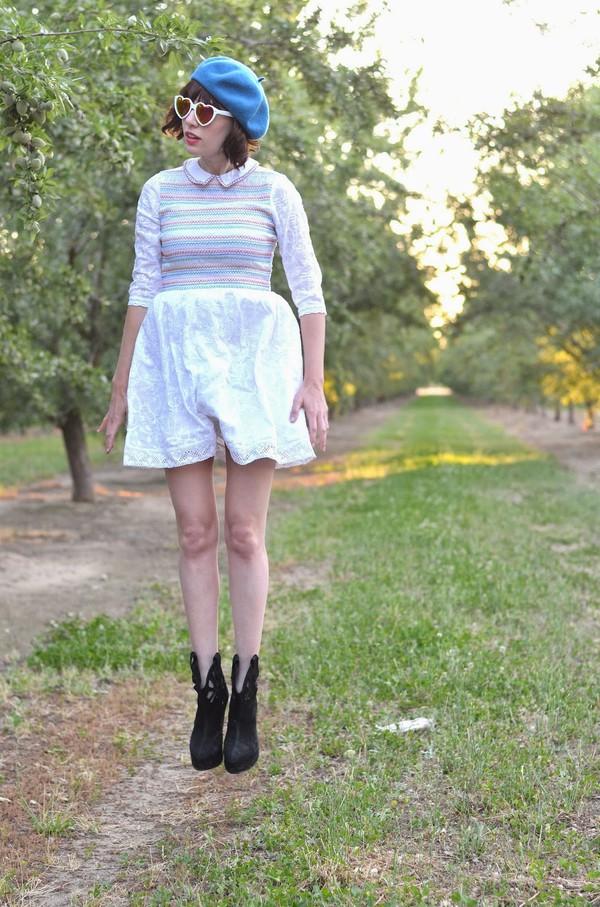 a fashion nerd dress sunglasses tights socks