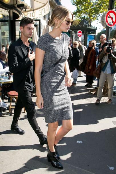 dress fashion week streetstyle ankle boots midi dress gigi hadid model off-duty