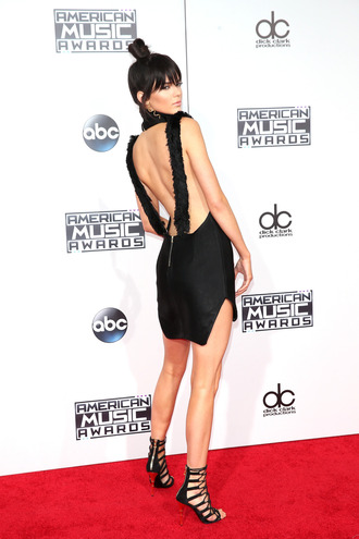 dress backless dress kendall jenner sandals amas 2015 little black dress red carpet dress american music awards