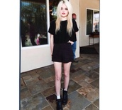 skirt,black,top,sky ferreira,grunge