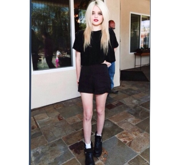 skirt black top sky ferreira grunge