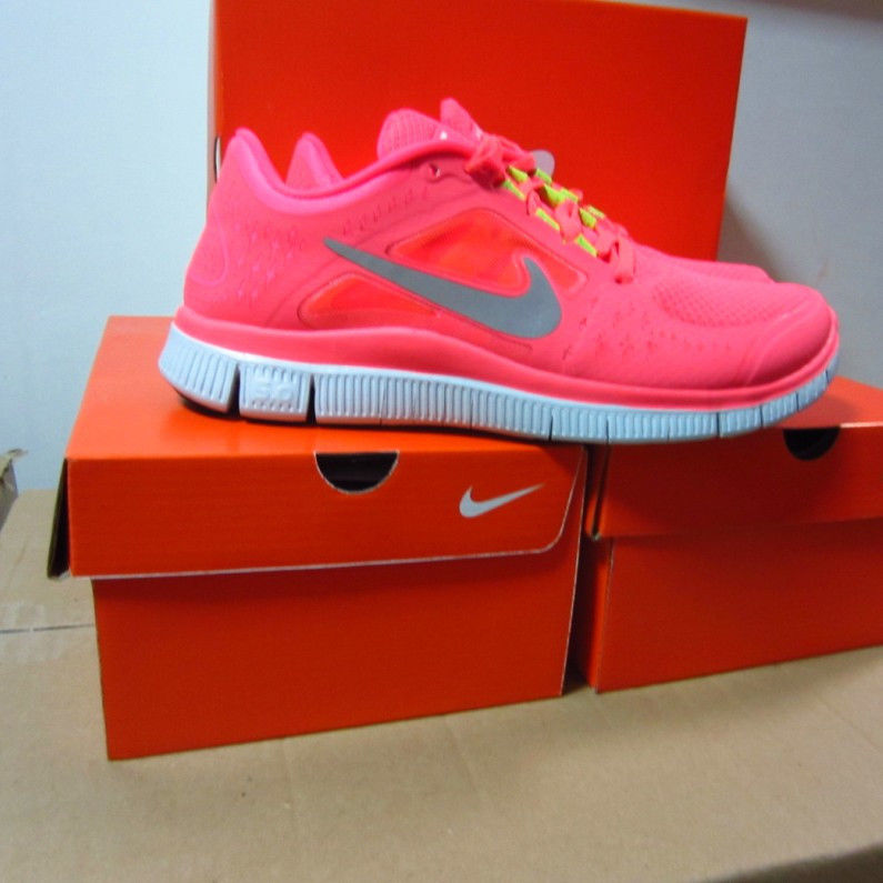 half off 78838 6abf7 HOT PINK Nike Free Run 3 5.0 women s running shoes