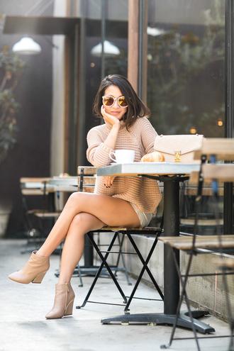 wendy's lookbook blogger sweater shorts shoes bag jacket dress sunglasses skirt scarf