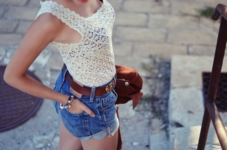 tank top lace tank top cream tank top crochet tank top denim shorts shorts belt leather belt brown and gold belt