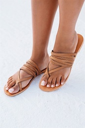 shoes,thong,sandals,tan,leather,flat sandals,minimalist,braided,leather flats