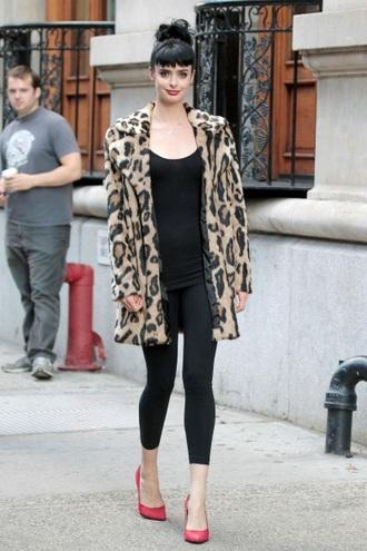 coat dont trust the b in apartment 23 kristen ritter leopard print fashion jacket leopard print coat clothes