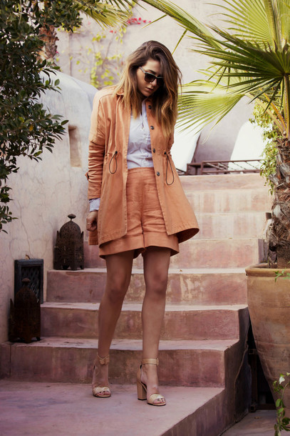 scent of obsession blogger jacket shorts sunglasses shirt shoes jewels