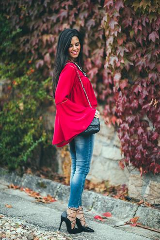crimenes de la moda blogger blouse t-shirt jewels jacket jeans bag shoes