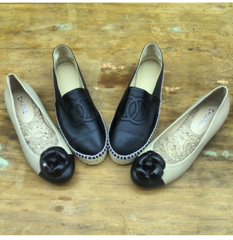 shoes flats chanel black and white