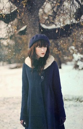 beret,holiday season,coat,winter outfits