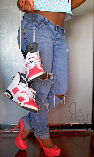jeans cute shoes swag high heels high tops ripped jeans shoes high top pink studs rair photography air jordan classy classic box belly show tattoo jordans