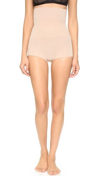 shorts light nude