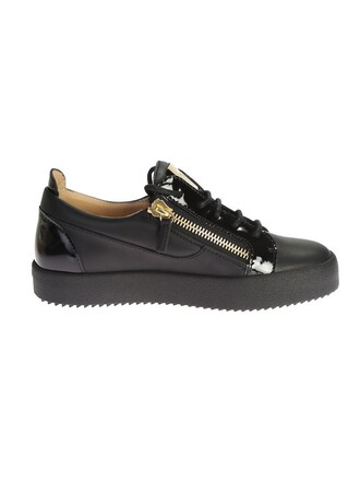 metal leather black shoes