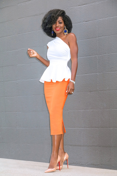 blogger blouse shirt orange skirt pumps