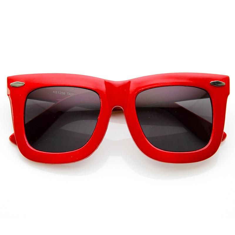 Shelby oversized wayfarer sunglasses in red – flyjane