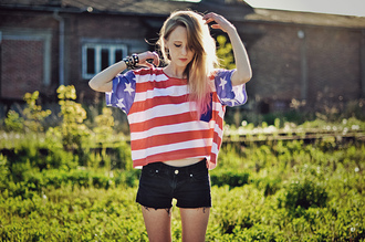 red t-shirt white t-shirt blue t-shirt american flag american cropped print alice point is a serious problem