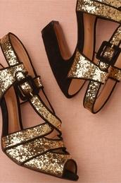 shoes,gold,glitter,black,heels,black and gold,high heels
