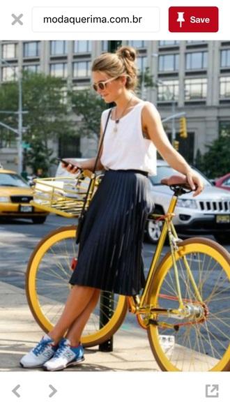 dress shirt skirt black fashion pleated skirt white tank top