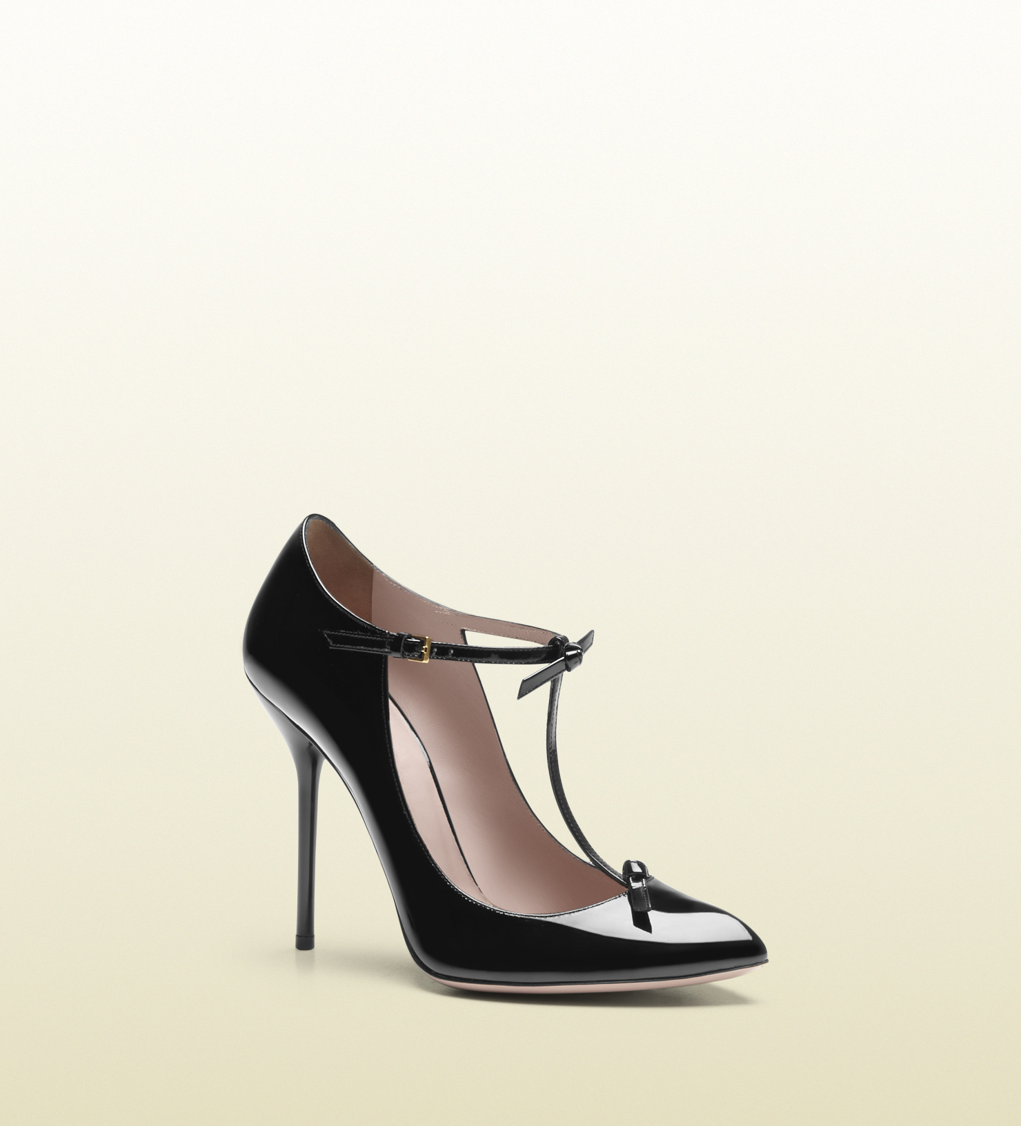 Gucci - patent leather t-strap pump 323494BNC001000