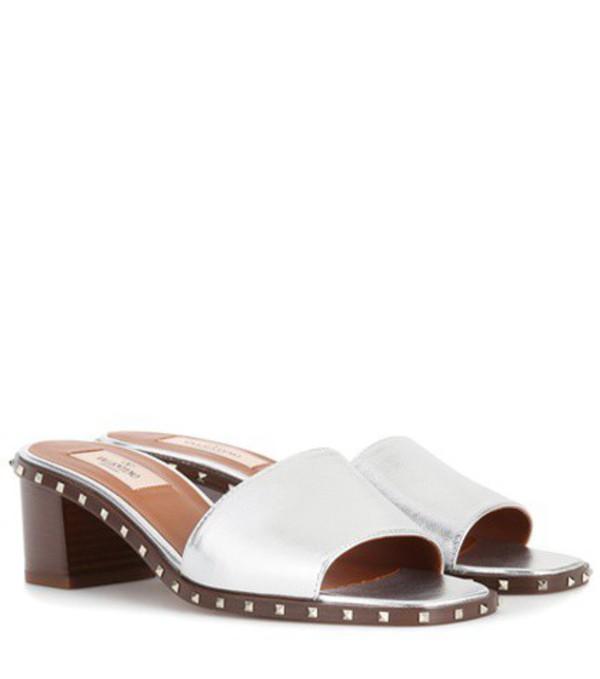 Valentino Garavani Soul Rockstud leather sandals in silver
