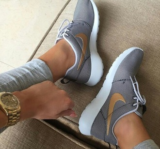 shoes nike customize l roshes nike roshe run customized nike shoes sneakers nike sneakers white camel nike running shoes grey sneakers low top sneakers