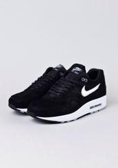 shoes,air max,black,sneakers,nikes,jordans,airmax comand,nike air max 90,airmax one,white,perfect,nike,nike air
