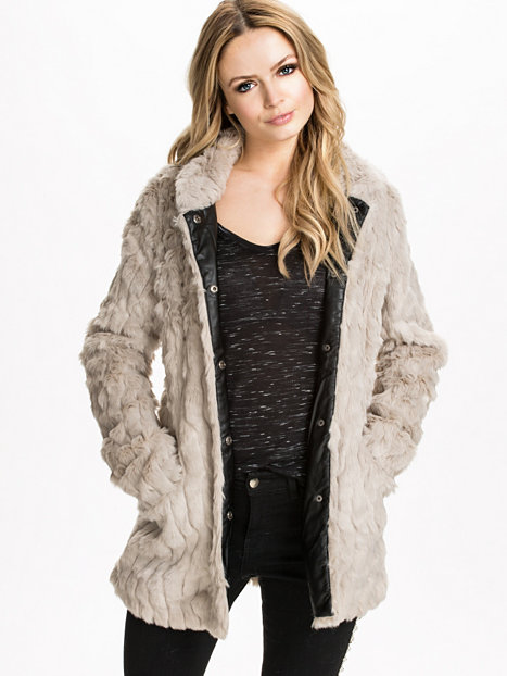 Ruth fur coat, only