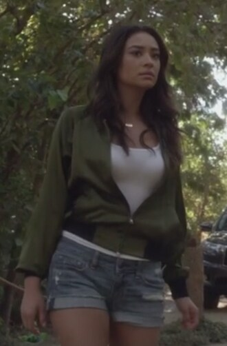 shorts jeans white top shay mitchell emily fields pretty little liars jacket army green jacket