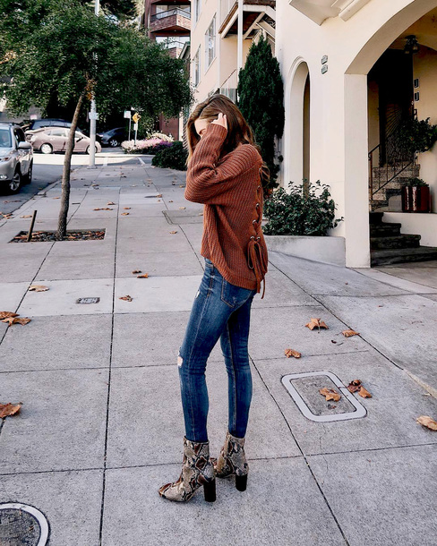 sweater tumblr knit knitwear knitted sweater brown sweater denim jeans blue jeans boots ankle boots snake print