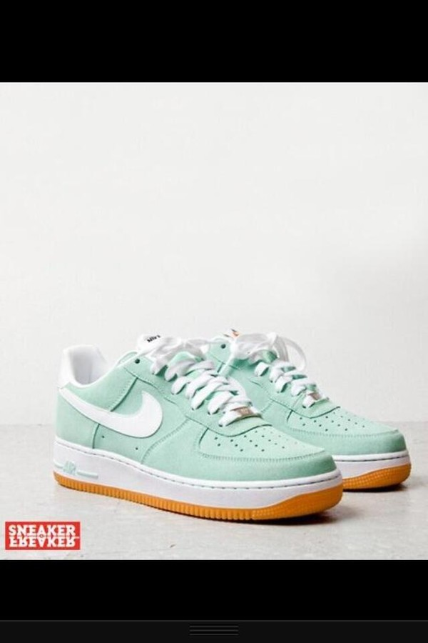 "SNEAKERS: Nike Air Force 1 ""Arctic Green"" 
