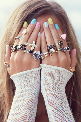 jewels girl casual cool tumblr like hands ring fashion inspiration jewelry nail polish beautiful rhinestones silver ring gold cross lots cute girly hand jewelry accessories