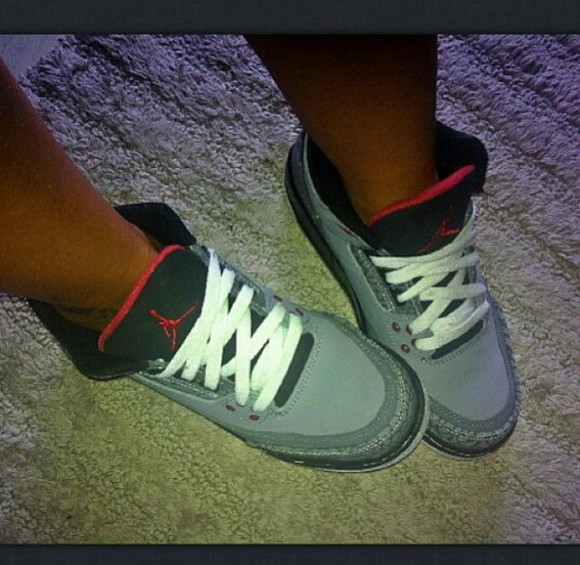 grey shoes air jordans