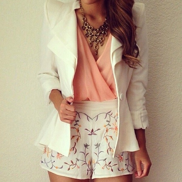 shorts white white shorts flowered shorts blouse jacket blazer jewels necklace outfit coat shorts high waisted leather black pink girly classy stylish cardigan