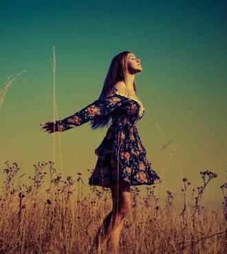 dress off the shoulder dress floral blue